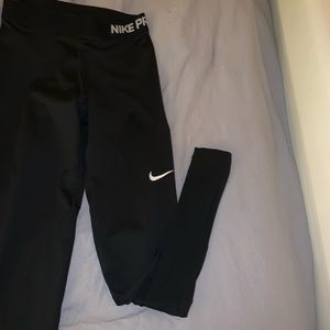 FULL LENGTH NIKE PRO LEGGINGS